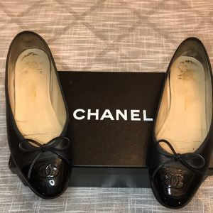 Authentic classic Chanel flats.